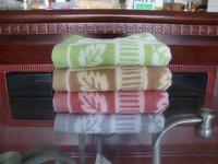 100% Cotton Bright Color Jacquard Towel