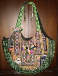 Vintage Tribal Hand Bags VTB-006