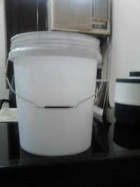 Plastic Paint Buckets And Containers