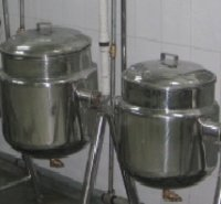 Dal Vessel And Milk Vessel