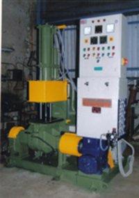 Vishwakarma Kneader Machine