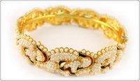Fashionable Gold Diamond Bangle