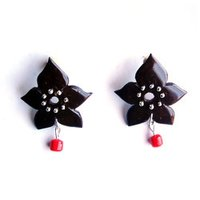Floral Shaped Coconut Earring