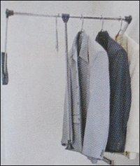 Cloth Lifter