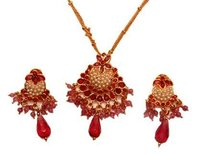 Attractive Necklace Set