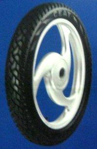 Durable Motorcycle Tyre (Gripp)