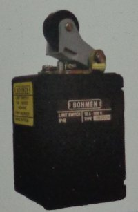 PL Series Limit Switches (Traverse Roller On Lever)