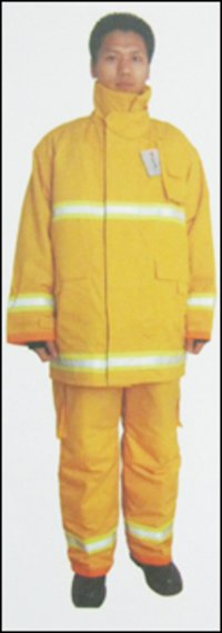 Durable Fire Fighting Suits