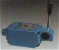 Lever Operated Directional Control Valve ( Series 10)