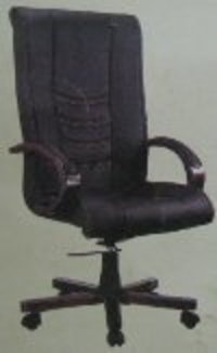 Revolving Office Chair (MG 104)