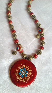 Fashionable Terracotta Necklace