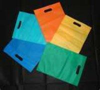 D Cut Non Woven Bags