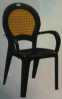 Attractive Plastic Chair (Vennlig DLX)