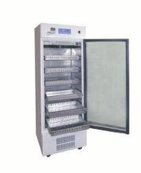 Blood Bank Refrigerators 250 L With Ss Drawers