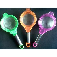 Plastic Tea Strainer With Steel Handle