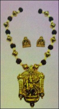 Ganesh Pendant Necklace