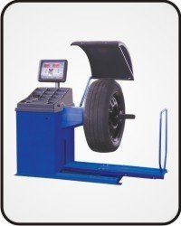 Computerized Wheel Balancer for Trucks and Buses