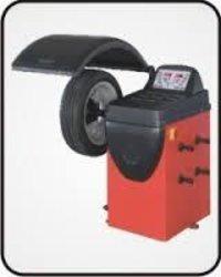 Tyre Servicing Machine