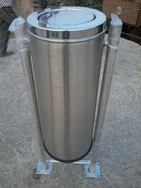 Ss Swing Bin With Stand