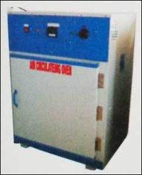 Hot Air Circulating Oven in Ahmedabad