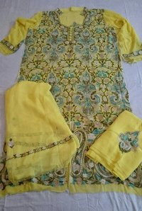 Kashmiri Women Suit