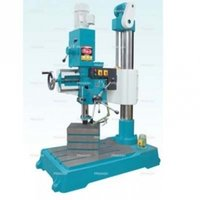 Geared Auto Feed Radial Drill Machine