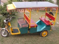 Solar Cum Battery E-Rickshaw