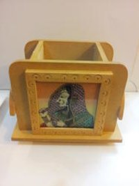 Colored Wooden Pen Stand