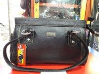 Durable Ladies Leather Handbag