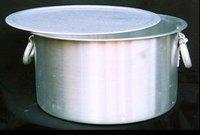 Aluminium Pots Top Flat Bottom With Lock Type Handle