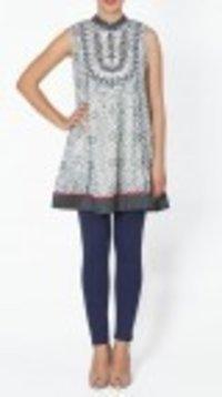 Ecru Blue Printed Sleeveless Georgette Kurti