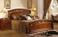 Luxury Classic Design Wooden Bed