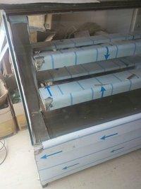 Transparent Sweet Display Counter