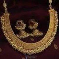 Fancy Design Gold Necklace Sets