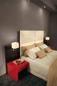 3 Star Economical Chain Hotel Bed With Side Table