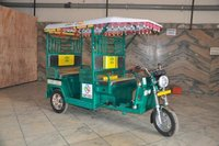 Low Power Consumption E Rickshaw