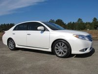 2012 Toyota Avalon 4dr Sedan