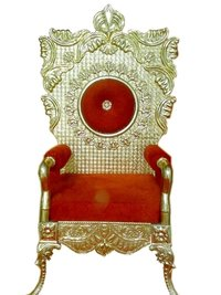 Latest Golden Carved Wedding Chair