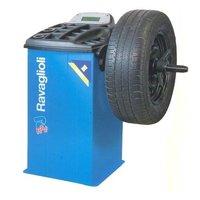 Computerised Digital Wheel Balancing Machine