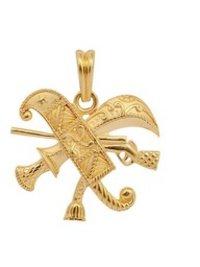 22 Kt Gold Men'S Gun With Swords Pendant