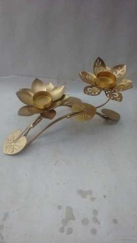 Iron Decorative Candle Stand With Leaves