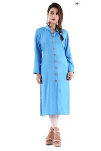 Long Kurti With Open Slits And Wooden Buttons