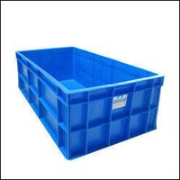 Plastic Closed With Handle Crates