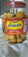 Fresh Pure Besan Laddu