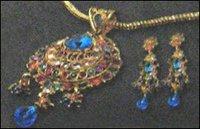 Ladies Polki Necklace Set