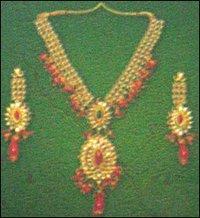 Womens Necklace Set