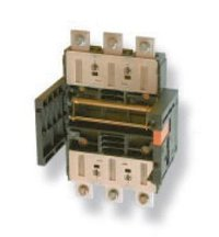 Draw-Out Moulded Case Circuit Breaker