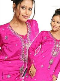 Ladies Embroidered Kurta