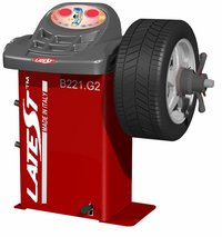 B221 Digital Wheel Balancer