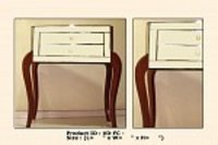 Queen Chest Table